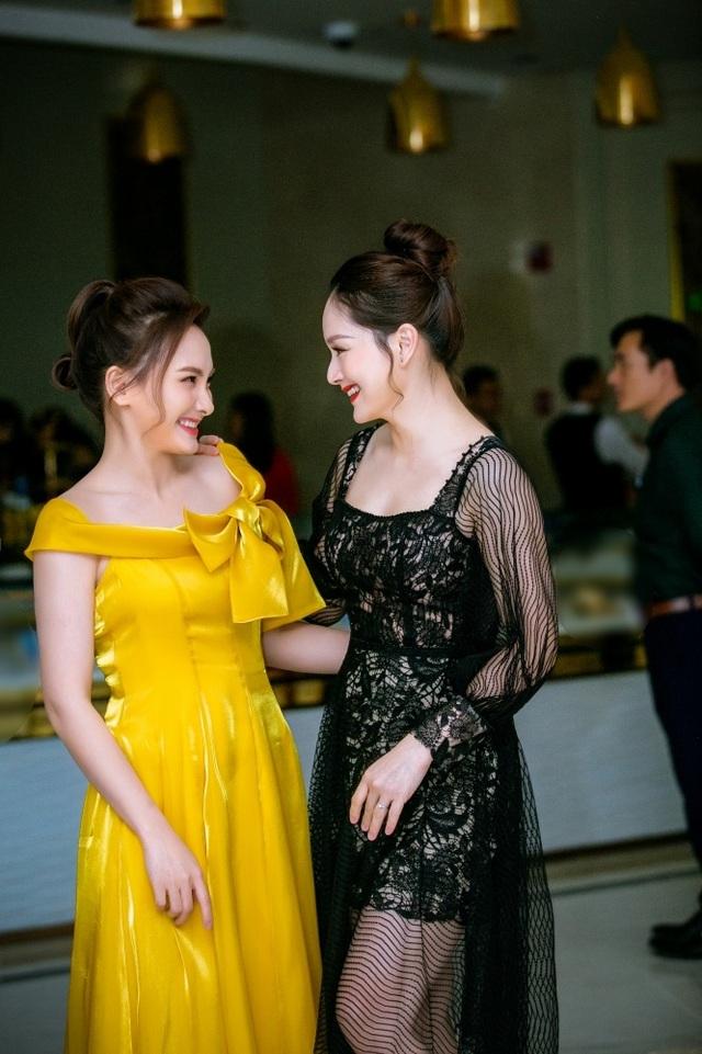 """Lan Phương và Bảo Thanh như """"chị em song sinh thất lạc"""" - 2"""