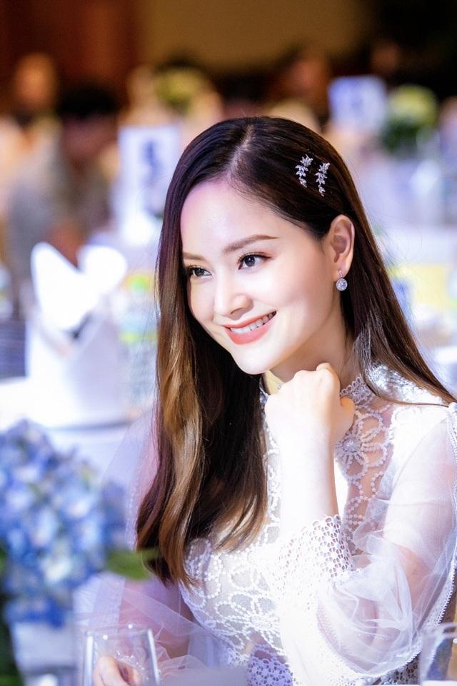 """Lan Phương và Bảo Thanh như """"chị em song sinh thất lạc"""" - 8"""