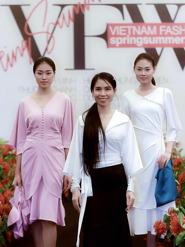 """Người mẫu quá khổ lên sàn diễn và cuộc chơi """"độc - đẹp"""" của thời trang thuần Việt - 32"""