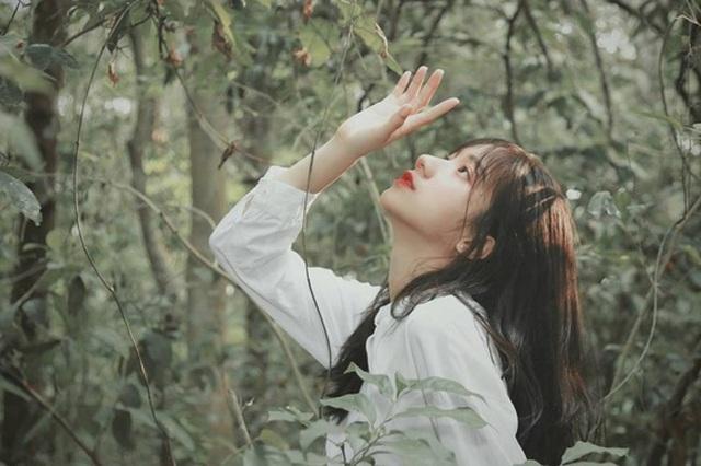 Nữ sinh tuổi 18 sở hữu sống mũi cao tự nhiên ấn tượng - 7