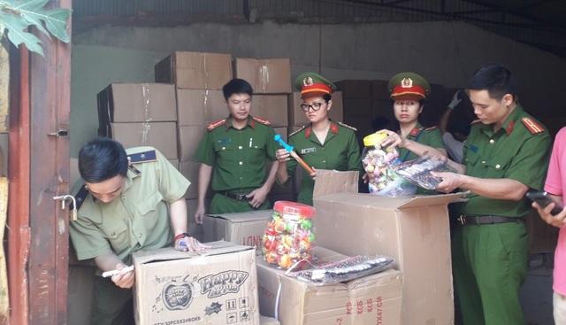 Bắt giữ lượng lớn hàng Trung Quốc gắn mác Thái Lan, Hàn Quốc tuồn vào Hà Nội - 1