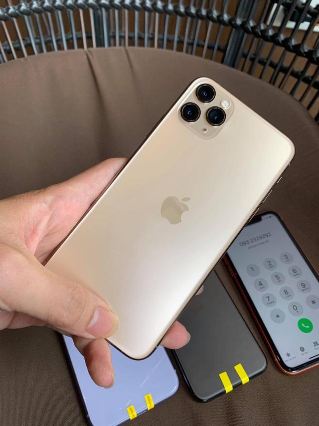 Bộ 3 iPhone 11 bất ngờ xuất hiện tại Việt Nam dù chưa mở bán - Ảnh minh hoạ 3