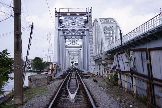 Cầu đường sắt trăm tuổi chính thức trở thành chứng nhân lịch sử của Sài Gòn - 7