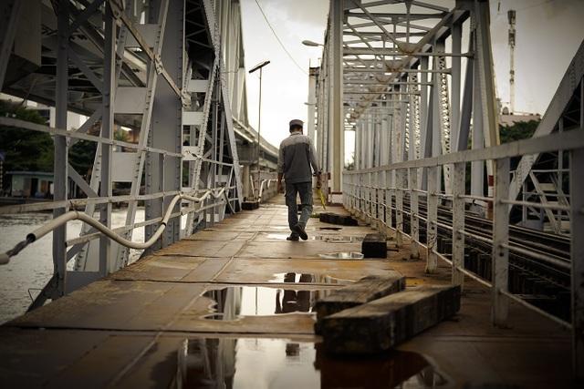 Cầu đường sắt trăm tuổi chính thức trở thành chứng nhân lịch sử của Sài Gòn - 9