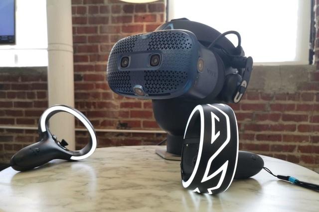HTC tiếp tục tung kính thực tế ảo thay vì smartphone mới - 1