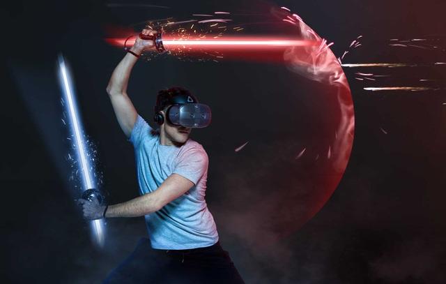 HTC tiếp tục tung kính thực tế ảo thay vì smartphone mới - 2