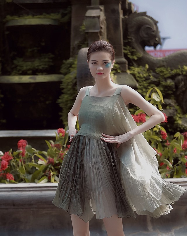 NTK Phương Thanh: Nhiều người nghĩ lụa xa xỉ phải giặt tay nhưng lụa Việt giờ đã khác - 10