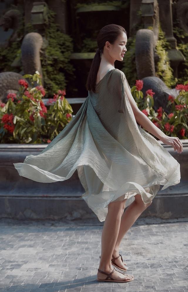 NTK Phương Thanh: Nhiều người nghĩ lụa xa xỉ phải giặt tay nhưng lụa Việt giờ đã khác - 5