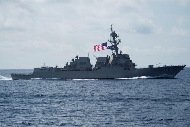 Tàu chiến Mỹ thách thức yêu sách phi lý của Trung Quốc tại Hoàng Sa - 1