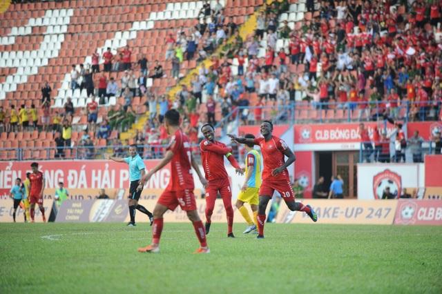 Giành 1 điểm trước CLB Hải Phòng, CLB Khánh Hòa chưa thoát hiểm - 2