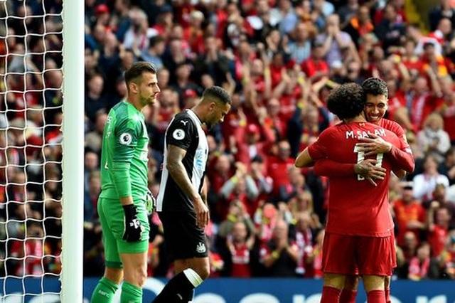 Mane, Salah giúp Liverpool thắng trận thứ năm liên tiếp - 2