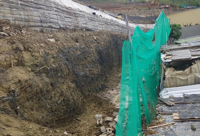 Sau nhiều tranh cãi, bức tường khủng đe dọa nhà dân ở Nha Trang đã tháo xong - 4