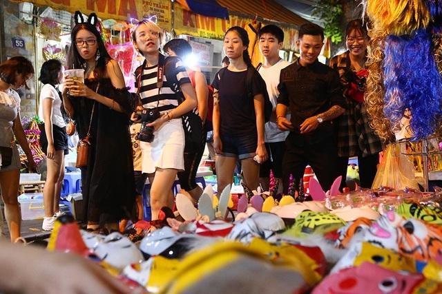 Đi chơi chợ đêm Rằm Trung thu - 3