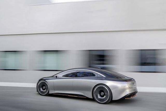 Mercedes-AMG xác nhận sẽ làm xe chạy hoàn toàn bằng điện - 1
