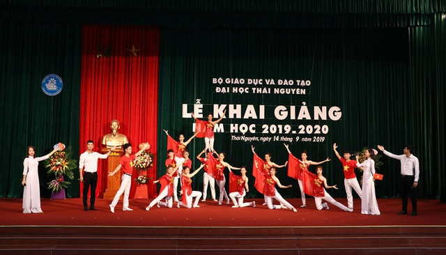 Đại học Thái Nguyên khai giảng năm học mới 2019 – 2020 - 1