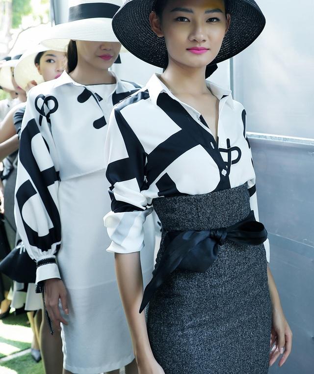 Đột nhập hậu trường ấn tượng của Tuần lễ Thời trang Việt Nam Xuân - Hè 2020 - 5