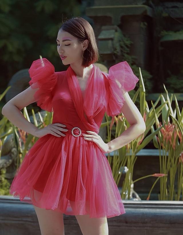 Đột nhập hậu trường ấn tượng của Tuần lễ Thời trang Việt Nam Xuân - Hè 2020 - 25
