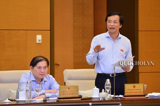 """""""Sân bay Long Thành: Gánh sao nổi 1 tạ tài liệu phải thẩm định trong ít ngày""""?"""