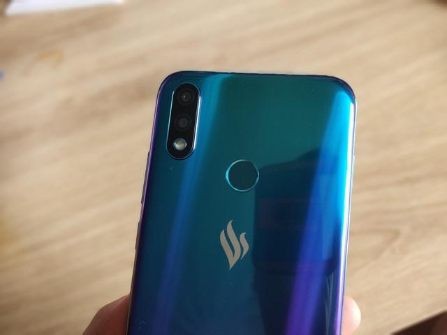 Vinsmart sắp tung smartphone Joy 2+ tại Việt Nam - 2