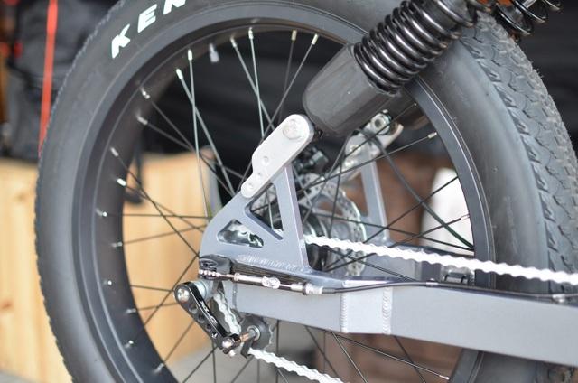 Soi chi tiết chiếc xe đạp điện cá tính, linh hoạt bậc nhất Le Cafe Racer - 5