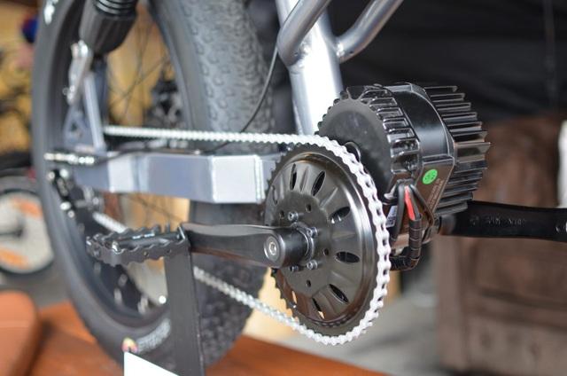 Soi chi tiết chiếc xe đạp điện cá tính, linh hoạt bậc nhất Le Cafe Racer - 10