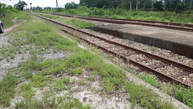 Công trình của Bộ Chỉ huy Quân sự tỉnh Thừa Thiên Huế gây ngập lụt đường sắt Bắc Nam! - 8