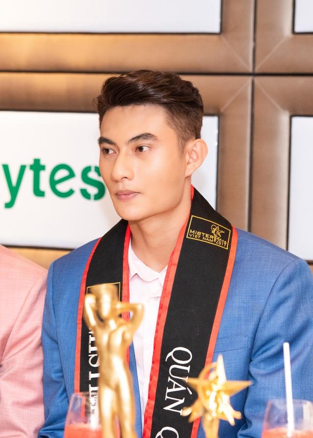 BTC, BGK Quý ông Việt Nam nói gì về kết quả trao 2 giải Quán quân? - 9