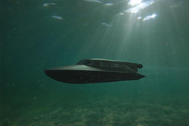 """Hải quân Anh thử nghiệm tàu ngầm của """"điệp viên 007"""" - 1"""