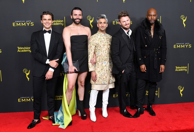 Jonathan Van Ness mặc váy dự sự kiện - 7