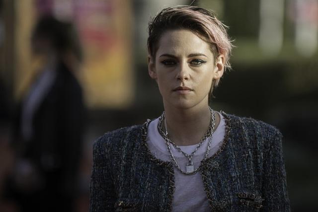 Kristen Stewart nam tính xuất hiện tại Pháp - 5