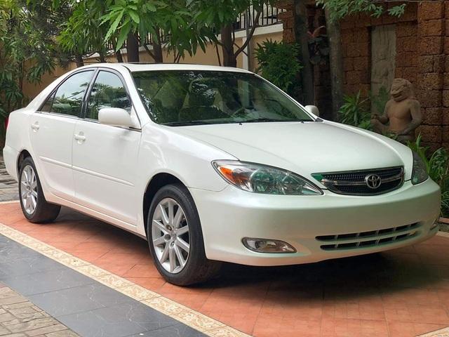 Loạt xe ô tô đấu giá rẻ bèo chỉ từ 40 triệu đồng ở Việt Nam - 1