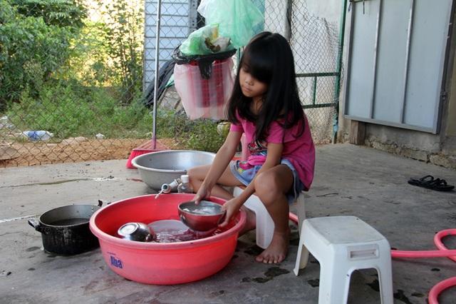 Bố bất ngờ tử vong tại Đài Loan, 4 đứa con nháo nhác như bầy chim vỡ tổ - 5