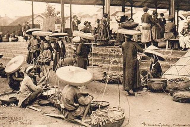 Những điều lạ lùng về tài kinh doanh của phụ nữ Hà Nội xưa - 2