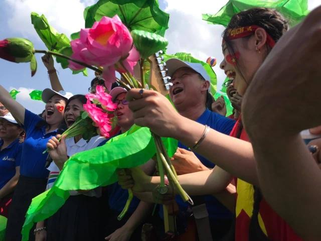 Chàng trai xứ Nghệ giành vòng nguyệt quế Đường lên đỉnh Olympia 19 - 2