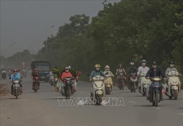 Không khí Hà Nội ô nhiễm ở mức nghiêm trọng - 1