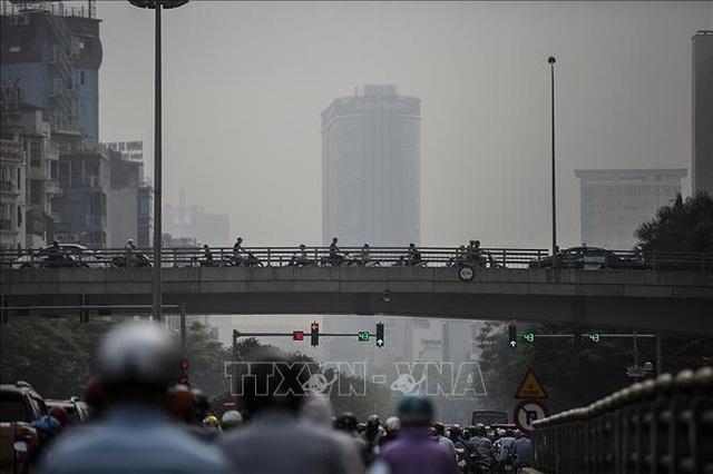 Không khí Hà Nội ô nhiễm ở mức nghiêm trọng - 3