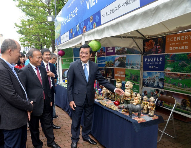 Nguyên Chủ tịch nước Trương Tấn Sang dự Lễ hội Việt Nam tại Sapporo 2019 - 2