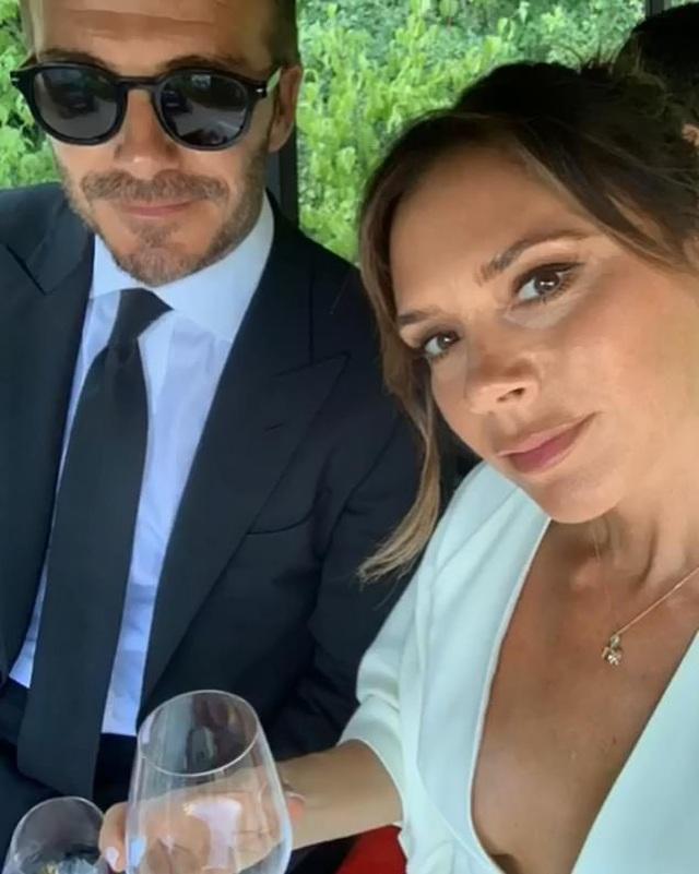 Victoria Beckham lo lắng cho cuộc hôn nhân đã đi qua 20 năm - 1