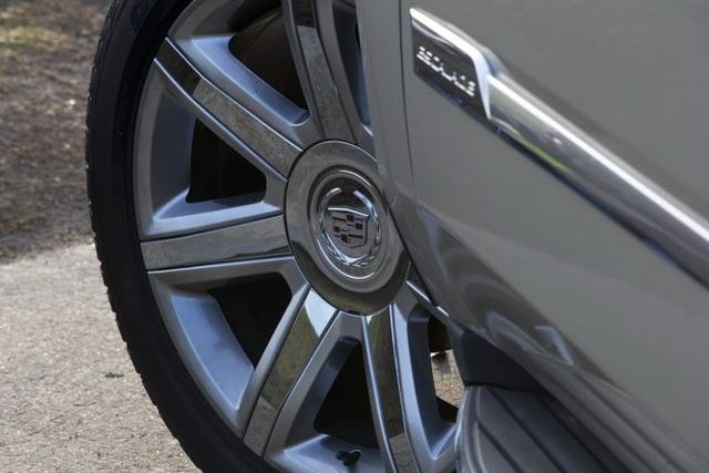 Hàng loạt xe của GM dính lỗi phanh - 1