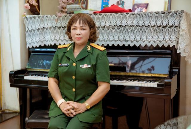 NSND Rơ Chăm Phiang: Ước nguyện được làm một liveshow kỷ niệm 40 năm ca hát - 3