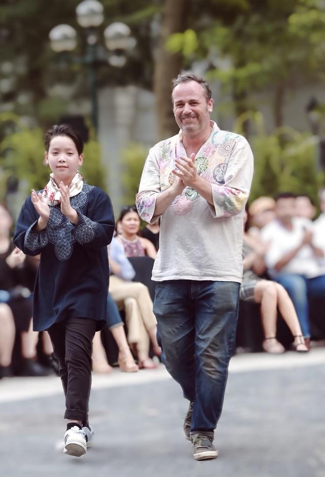 """NTK Minh Hạnh: """"Không thể để cho các làng nghề truyền thống chìm vào quên lãng"""" - 10"""