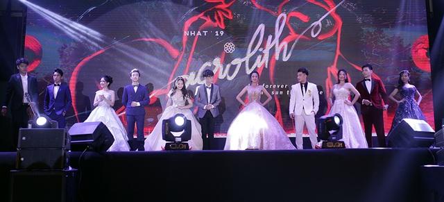 Nữ sinh đa tài, xinh đẹp đăng quang Đại sứ trường Ams 2019 - 4