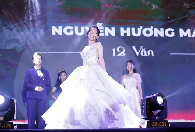 Nữ sinh đa tài, xinh đẹp đăng quang Đại sứ trường Ams 2019 - 12