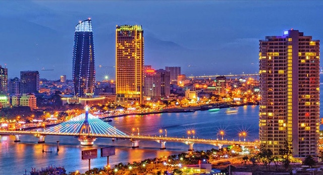 Điểm hot du lịch Việt, khách đỏ mắt tìm chỗ chơi đêm - 2