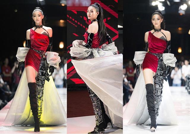 """Hoa hậu Lương Thùy Linh ấn tượng khi trở thành """"nữ thần chiến binh"""" trên sàn diễn - 4"""
