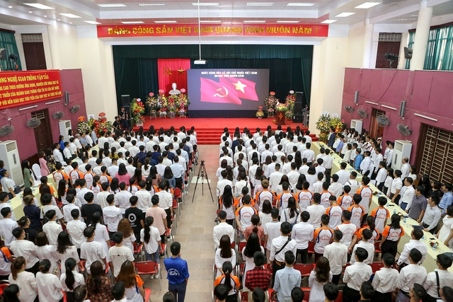 Trường ĐH Công nghệ Giao thông vận tải khai giảng năm học mới - 1