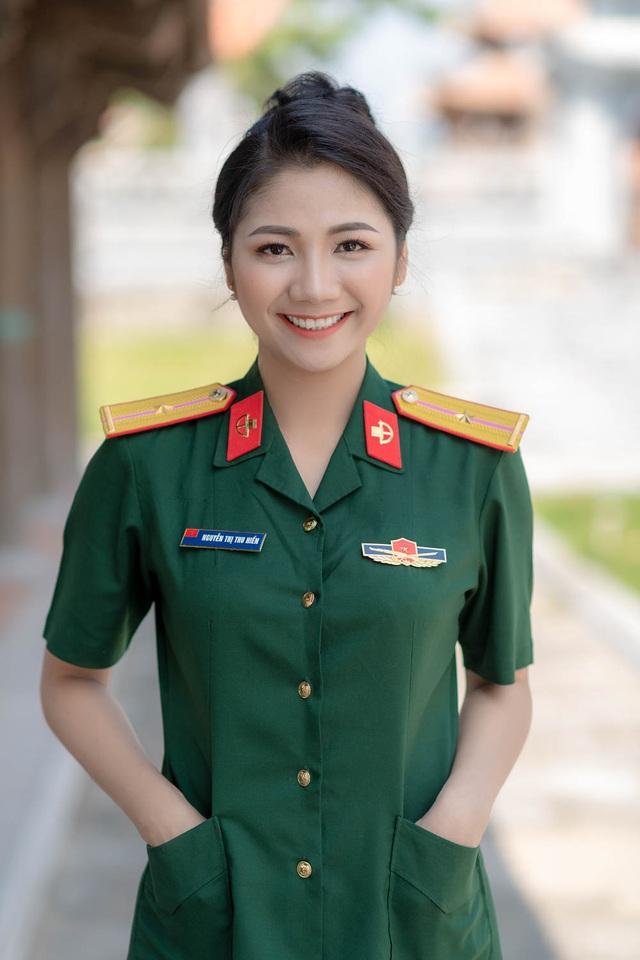 ngam-nu-cuoi-toa-nang-cuadocx-1568652288502.jpeg