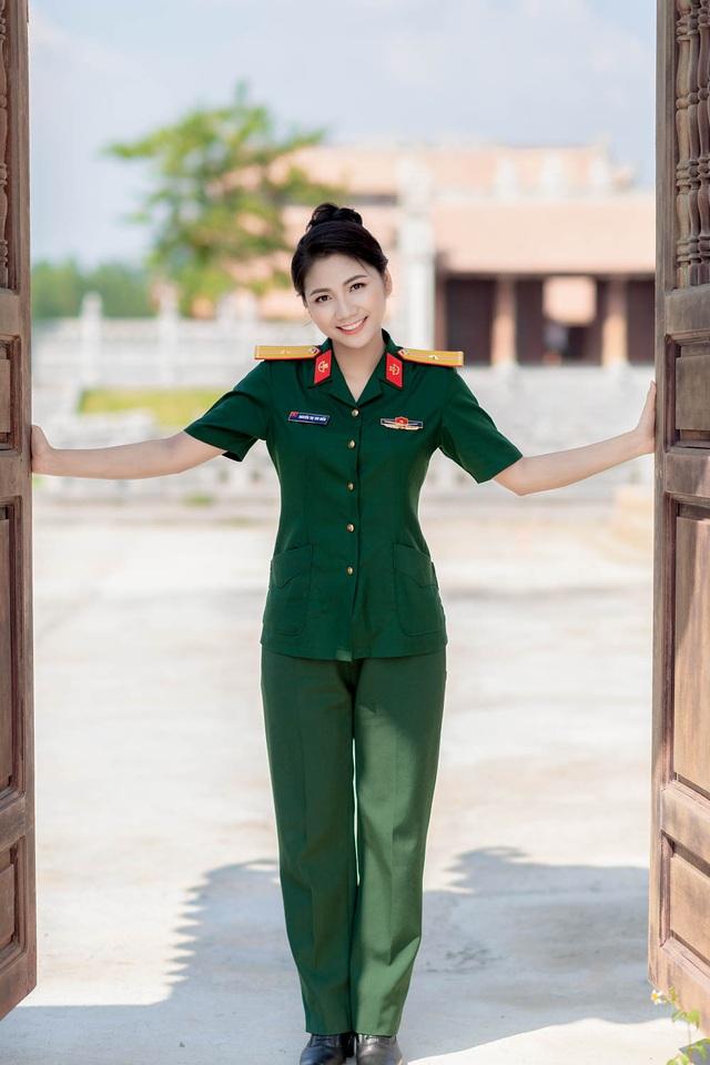 ngam-nu-cuoi-toa-nang-cuadocx-1568652288636.jpeg