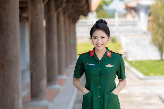 ngam-nu-cuoi-toa-nang-cuadocx-1568652288793.jpeg