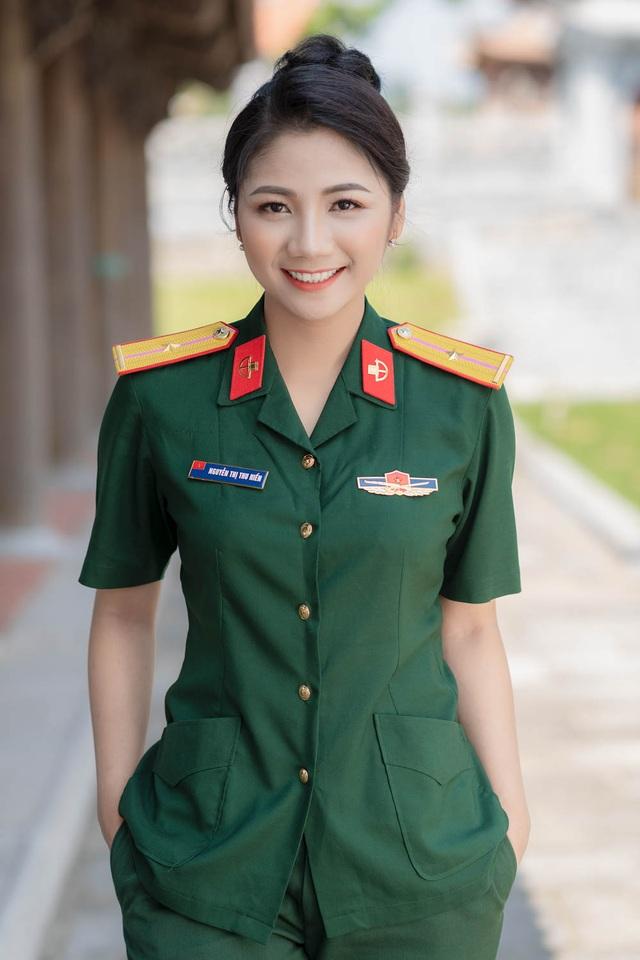 ngam-nu-cuoi-toa-nang-cuadocx-1568652288922.jpeg